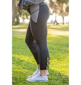 Jadelynn Brooke Bow-Back Leggings - Black