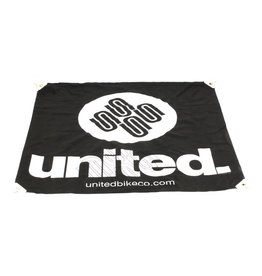 United UNITED CLOTH BANNER