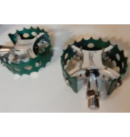 Bassett Bassett Full Moon Pro Pedal - Polished w/ Green Cages