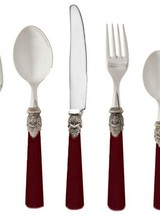 Rosanna Imports Set includes 2 spoons, 2 forks and knife<br />
