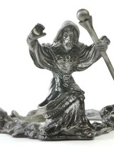Dynasty Gallery Metal Stand - Wizard