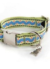 Mackenzie-Childs Squiggle &amp; Dot Pet Collar - Small<br /> Product # 31 78008 002New! High contrast visuals make little peepers light up, and our Zebra Blanket Set makes a eye-catching addition to a bold nursery. With a field of black and white zigzags, this 100% cotton blanket i