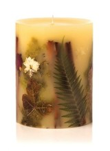 Rosy Rings Our botanical candles are filled with real fruit, shells, spices, and other natural elements. As the candle burns down the middle, the botanicals encased in the wax are gorgeously illuminated.