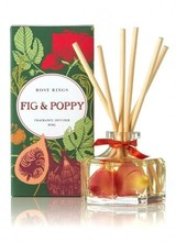 Rosy Rings Flirty poppy flowers in shades of orange, gold, pink and red beckon you to an almond orchard in bloom.  Notes of sweet fig and effervescent black currant blissfully join the floral accord.  Woody hints of acorn & olive branch leave a velvety imprint on th
