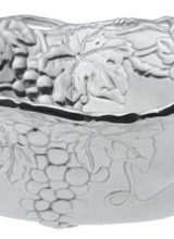 Arthur Court Designs Astound your friends and family with the expert craftsmanship of this Grape Bowl from Arthur Court. <br /> <br /> The sides of this piece combines leaves, vines and bundles of grapes into an incredibly detailed mixutre of shapes and textures. Twisting vines form the