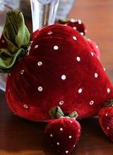 Hot Skwash Large Velvet Strawberry