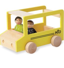 MIO School Bus + 2 People