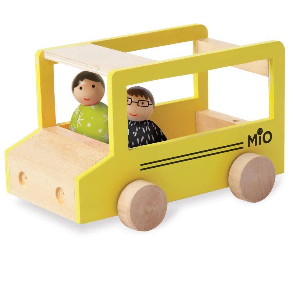MIO School Bus + 2 People