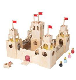 MIO Castle + Horse + 4 People