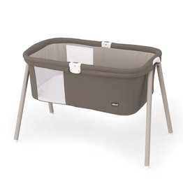Artsana/Chicco Lullago Portable Bassinet