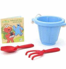 Elmo Explores Outdoor Activity Set