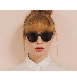 Freyrs Eyewear Collins Round Sunglasses