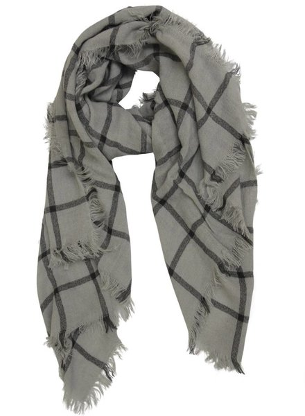 Check W/Fringe Woven Scarf