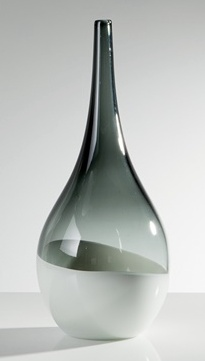 Torre & Tagus TEARDROP VASE TALL - SMOKE/WHITE