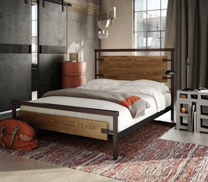 Amisco Factory Queen bed with regular footboard