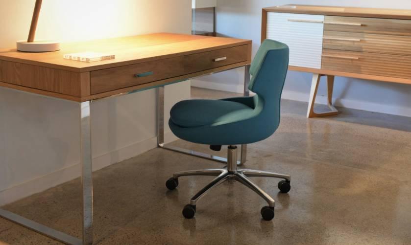 Soho York office Desk in Wenge Oak