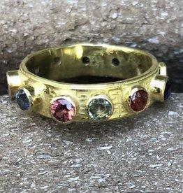Rebecca Sugg Makenzie 14k Sapphire Treasure ring