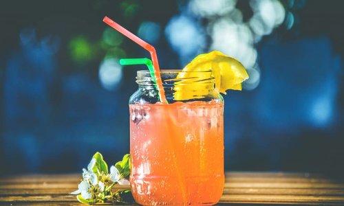 Des recettes délicieuses de cocktails au thé