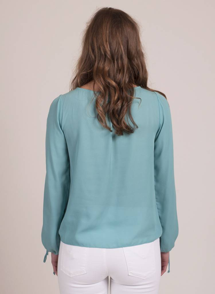 Isolde L/S Front Tie Knit Top