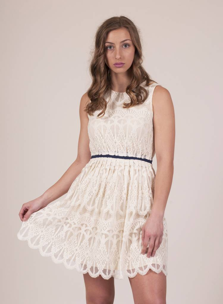 Patty S/L Lace Dress w Navy Cinch