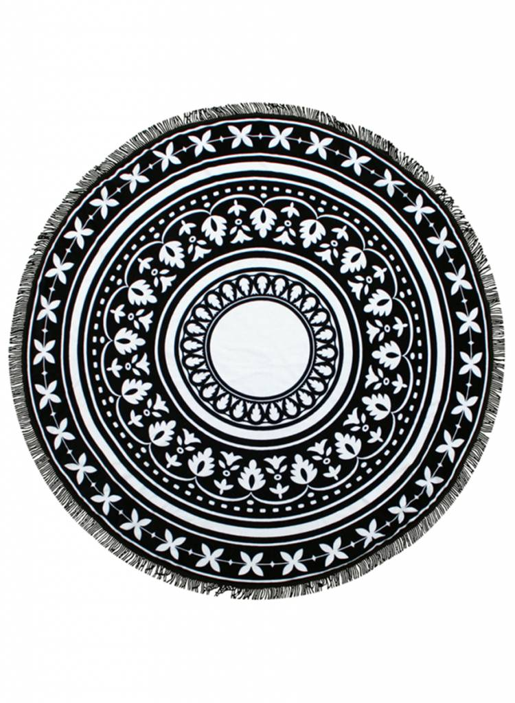 Round Towel Co. - The Queen of the Beach