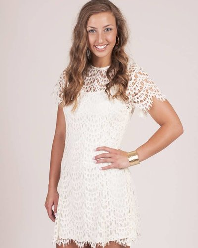 Marie S/S Scalloped Lace Dress