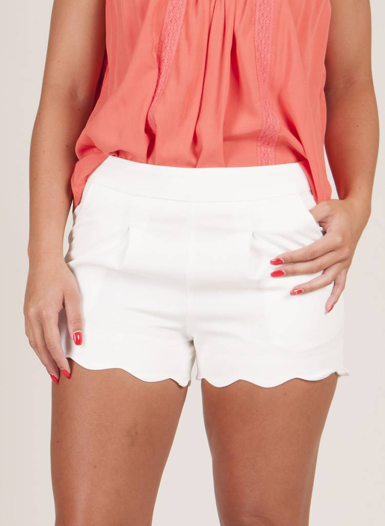 Michelle Scallop Shorts