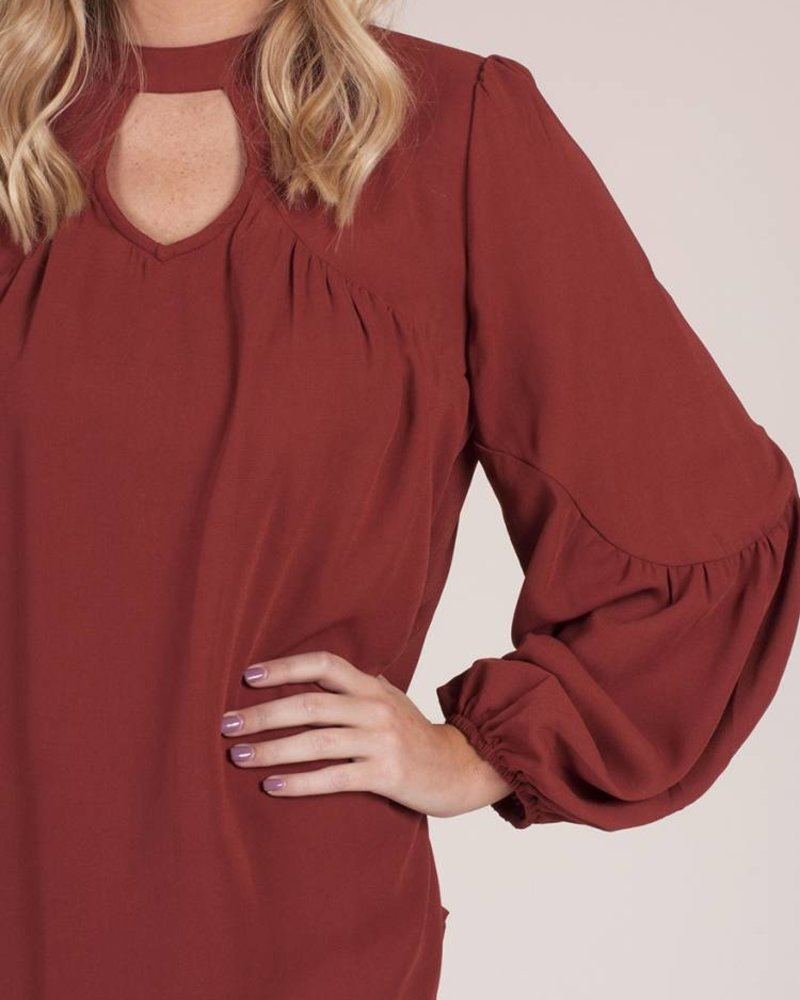 Manor Cut Out Top w/ Back Tie