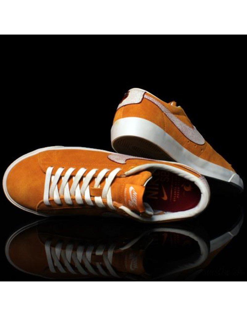 Nike Nike SB Blazer Low GT QS Circuit Orange Natural