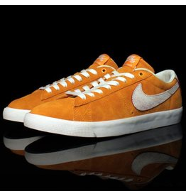 Nike Nike SB Blazer Low GT QS Circuit Orange Natural