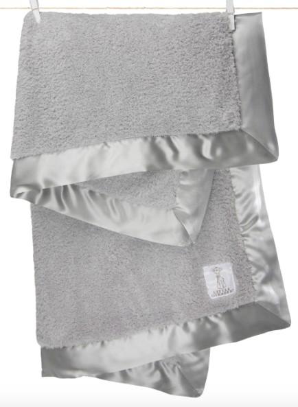 functional accessory little giraffe chenille blanket
