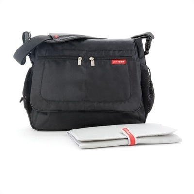 functional accessory Skip Hop via messenger bag