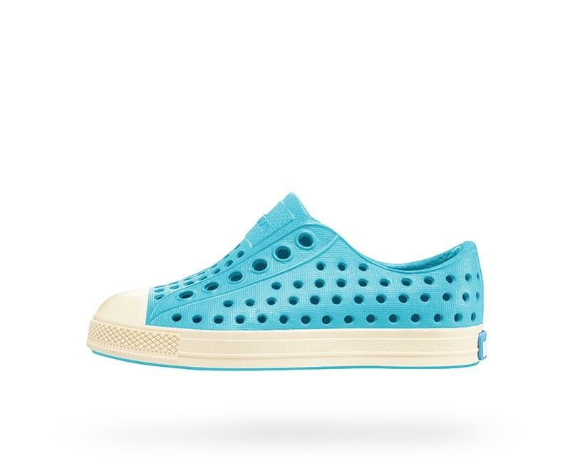 fashion accessory native jefferson shoes, surfer blue