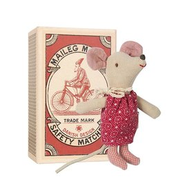 playtime Maileg little sister xmas mouse