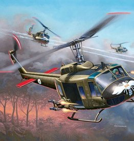 Revell Germany (RVL) 1/100 BELL UH-1H GUNSHIP