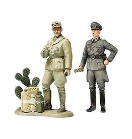 Tamiya (TAM) 1/35 WWII Wehrmacht Officer & Tank Crewman