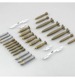 Trumpeter Models (TSM) 1/32 US Weapons Set, Bombs