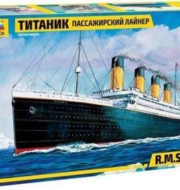 Zvezda (ZVE) 1/700 RMS Titanic