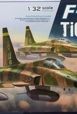 Kitty Hawk Models (KHM) 1/32 F-5E Tiger II