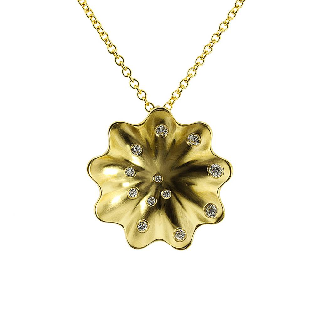 Patrick Mohs Golden Waves Whirlpool gold necklace with diamonds