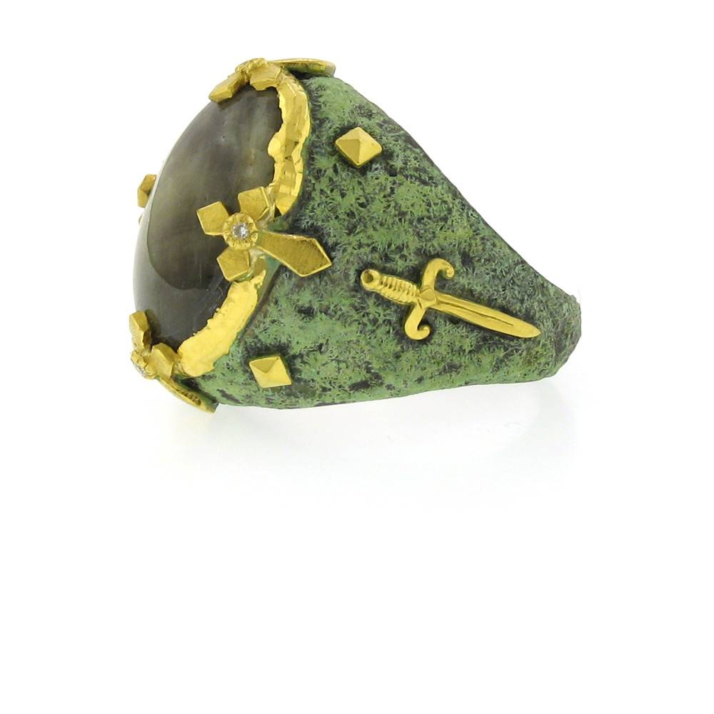 Victor Velyan Cocktail Ring with green sapphire