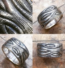 Alex Boyd Wave Carved Ring
