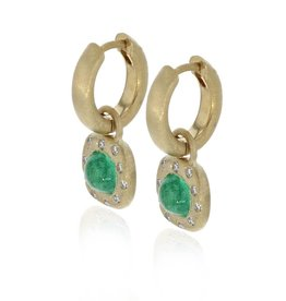Lisa Des Camps Earrings with Emeralds