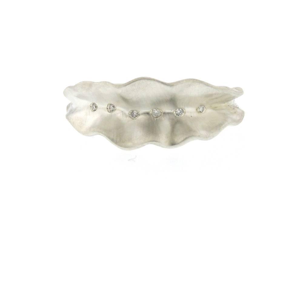 Branch Thin Ruffled Leaf Stripe Ring Silver