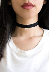Kitsch     812696026758 Stretch Choker with Crystal Charm Black os