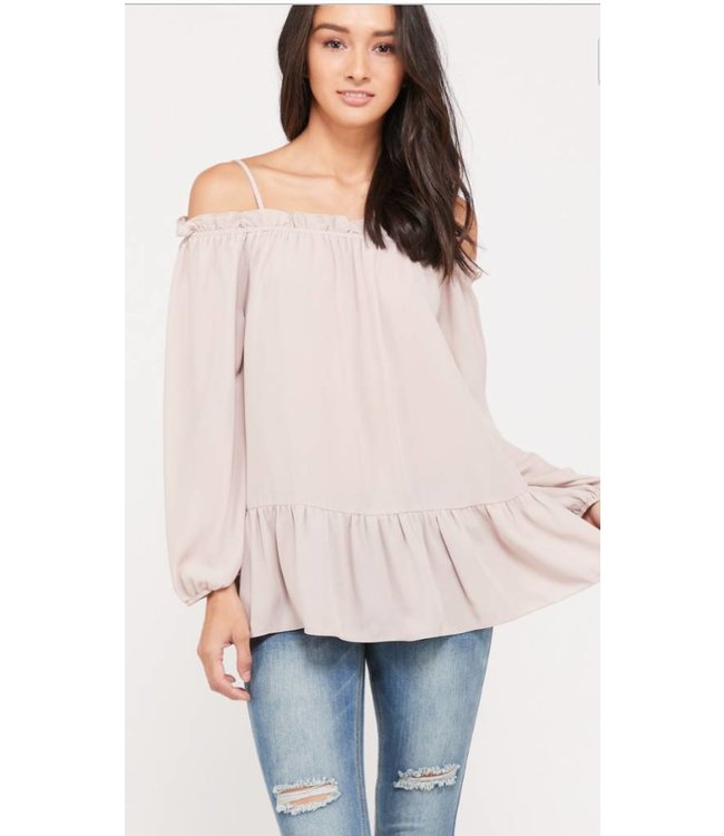 WL Cold Shoulder Top 2187