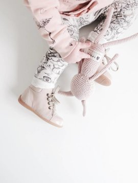Pom Pom Beginner Shoes In Patent Rose