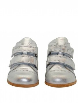 Pom Pom Beginner Shoe With Velcro in Ice Silver