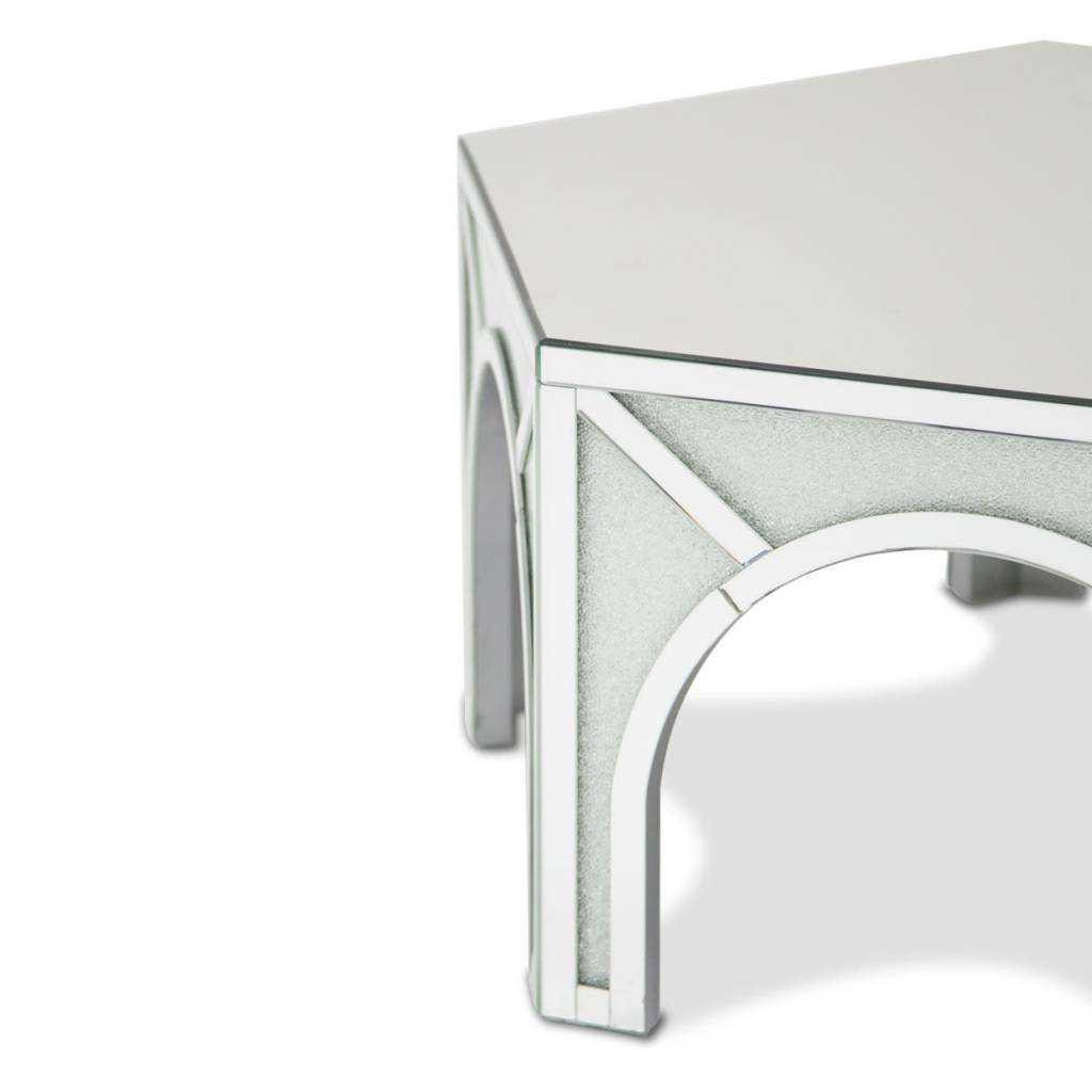 ULINE COCKTAIL TABLE B 46X40X19 INCHES ULINE COCKTAIL TABLE B 46X40X19  INCHES ...