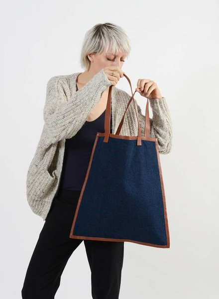 Bloom & Give Elise Tote